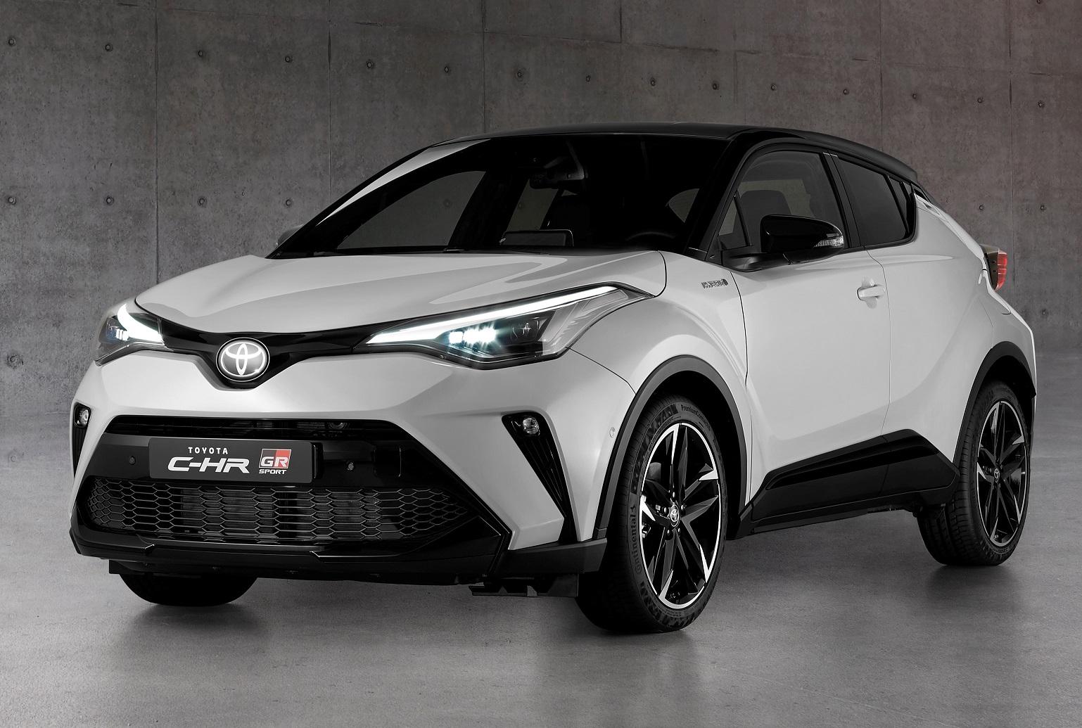 New Toyota C-HR hybrid gets debut