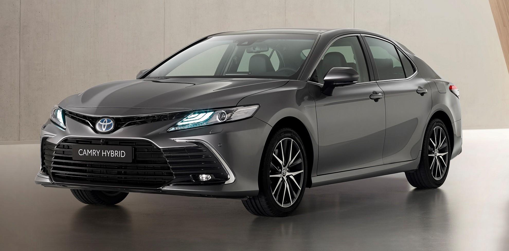 Toyota 2021 Camry Hybrid unveiled