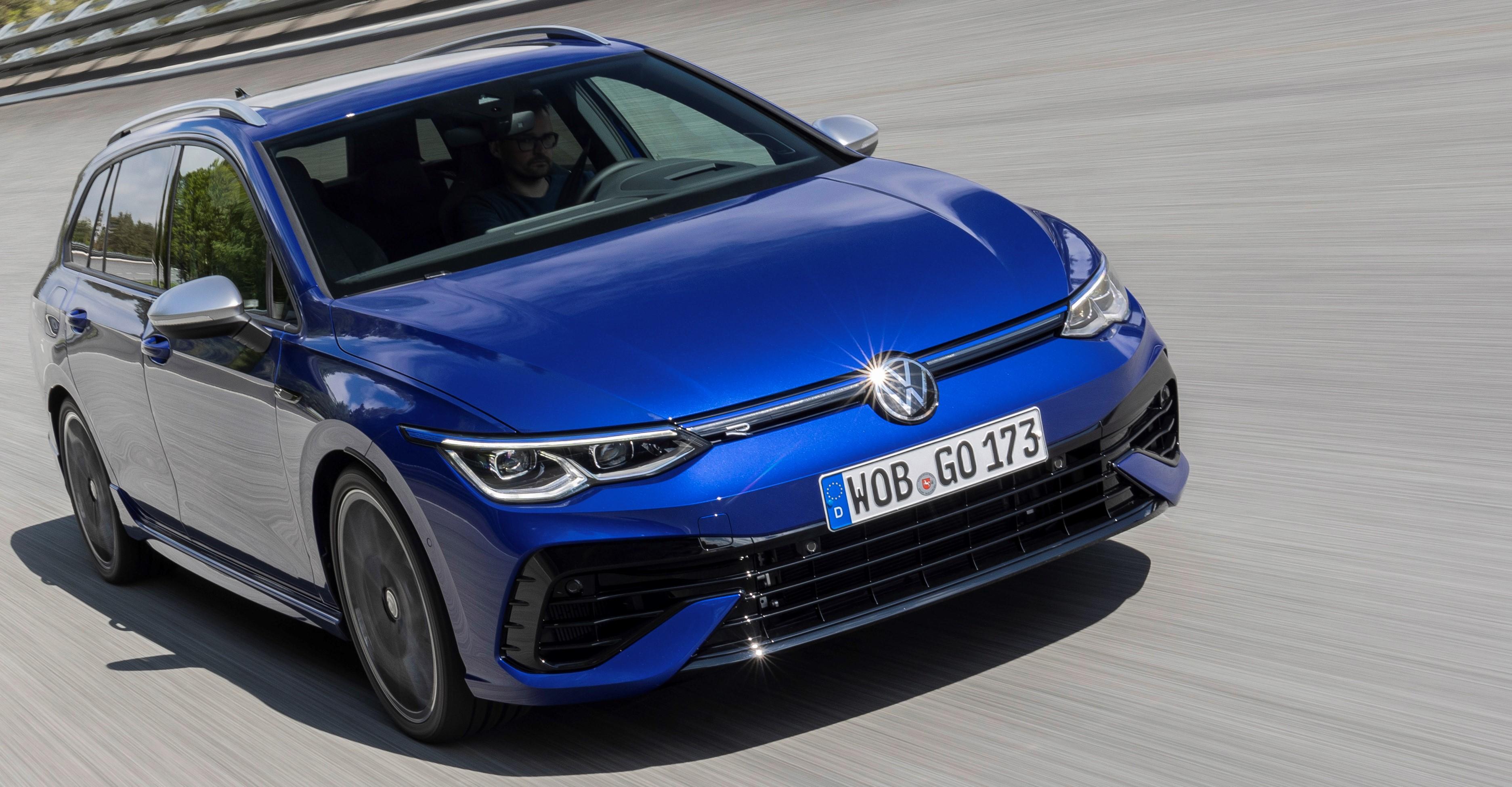 New Volkswagen Golf R Estate unveiled